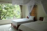 Отель Limestone View Homestay