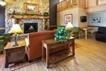 Отель AmericInn Lodge & Suites Cedar Falls
