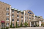Отель Baymont Inn and Suites Grafton