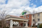 Отель Holiday Inn Express Hotel & Suites MEBANE