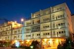 Отель Biscayne Suites