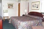 Отель Knights Inn Lenox