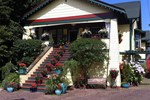 Мини-отель Clair's Bed & Breakfast Inn Ladner Village