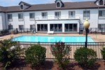 Отель Holiday Inn Express & Suites Sneads Ferry (Topsail Beach)