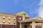 Отель Holiday Inn Express Hotel & Suites Van Wert