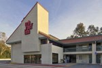 Отель Red Roof Inn Santa Ana