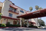 Отель Comfort Inn and Suites John Wayne Airport Santa Ana