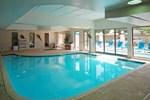 Отель Comfort Suites Kenner