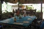 Macaw Bank Jungle Lodge