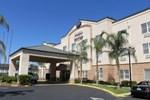 Отель Comfort Suites Fresno River Park