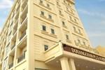 Отель Douangchan Plaza Hotel