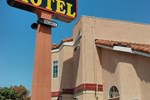 Отель Cudahy Inn Motel