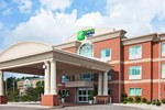Отель Holiday Inn Express Hotel & Suites Cincinnati Southeast Newport