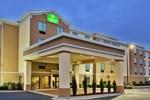 Отель Quality Suites Warner Robins
