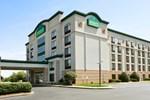 Отель Wingate by Wyndham Greensboro