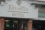 Отель Hotel La Estancia Tapatía