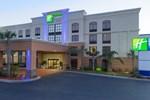 Отель Holiday Inn Express Hotel & Suites Jacksonville Airport