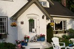 Charm of Qualicum Bed and Breakfast