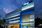 Отель idoop Hotel Lombok