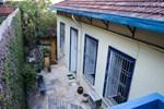 Guest House Casa Amarela