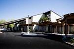 Отель GuestHouse Inn & Suites Kalispell