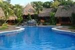 Апартаменты The Inn Manzanillo Bay