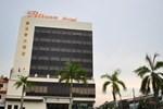 Отель Pelican Hotel Batu Pahat