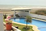 Отель Hotel Arrecife Chachalacas