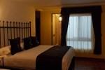 Отель Hotel Real de Leyendas