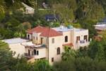 Hollywood Celebrity Villa by LuxPads
