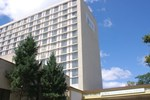 Отель Empire Meadowlands Hotel by Clarion