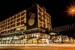 Отель Hotel Krasnapolsky