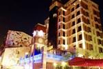 Отель F Hotel - Sanyi