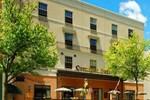 Отель Comfort Suites Carlisle
