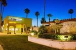 Отель Regency Inn & Suites Blythe