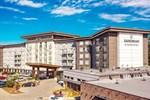 Отель Sandman Signature Kamloops Hotel