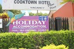 Cooktown Motel / Pams Place Hostel