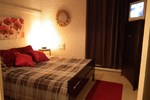 Отель Hébergement Stoneham - Les chalets du Skieur