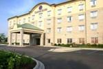 Отель Comfort Suites Wixom / Novi