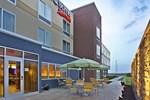 Отель Fairfield Inn & Suites by Marriott Jeffersonville I-71