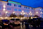 Отель Sandman Inn & Suites Kamloops
