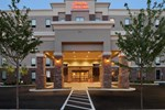 Отель Hampton Inn and Suites Roanoke Airport/Valley View Mall