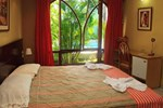 Отель Hotel & Suites La Posada De Lobo