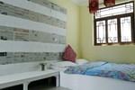Хостел Dali Small Inn