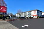 Отель Econo Lodge Inn & Suites Corvallis