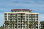 Econo Lodge Inn and Suites Beach Front Central