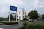 Отель Baymont Inn & Suites Wilmington
