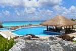 Cancun Beach ApartHotel
