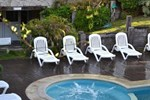 Отель Valeria House Rental Suites