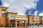 Отель La Quinta Inn and Suites Beeville